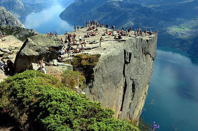 4493285_cliff1 (680x450, 411Kb)