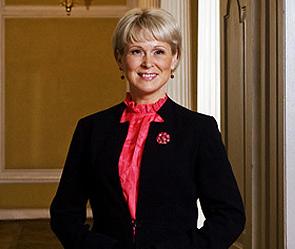 Минист Латвии - националистка (295x249, 25Kb)