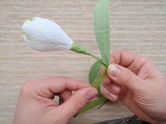 цветы из конфет (22) (530x397, 229Kb)