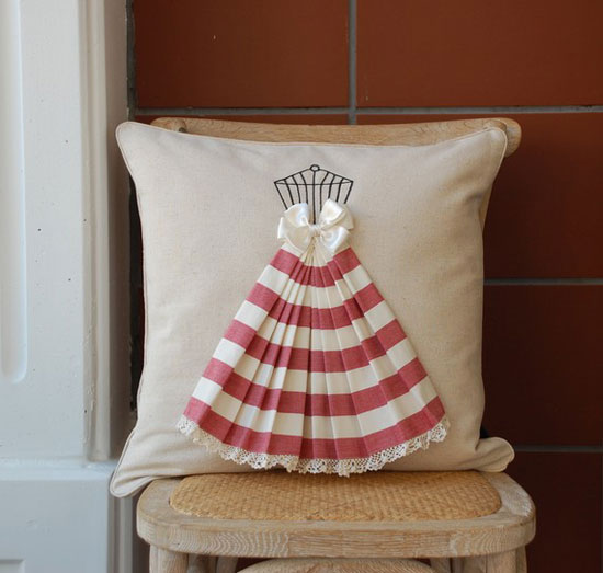 pillow_dress1 (550x523, 45Kb)