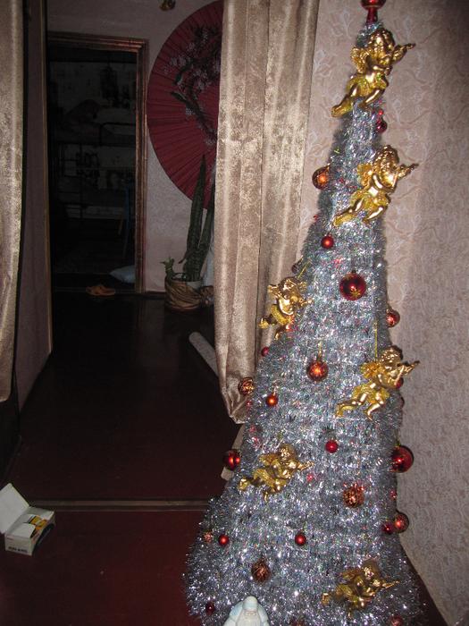 Каждому гостю ангел с ёлки в подарок на Рождество (525x700, 538Kb)