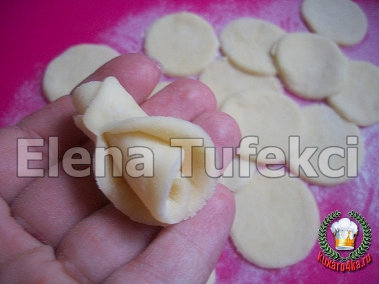дрожжевой пирог с розочками (6) (550x412, 163Kb)