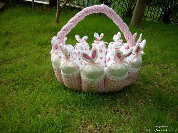 пасхальная корзинка с кроликами (2) (700x525, 273Kb)
