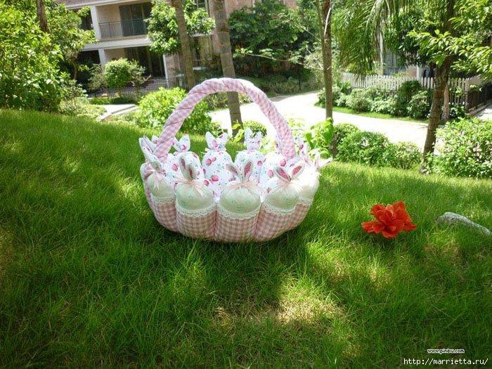 пасхальная корзинка с кроликами (19) (700x525, 309Kb)