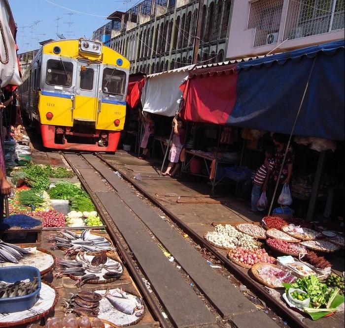 железнодорожный рынок (700x667, 194Kb)