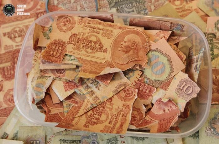 картины из советских денег фото 4 (700x462, 141Kb)