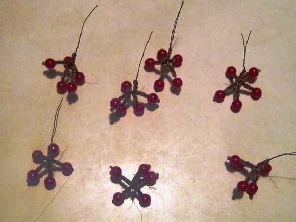 браслеты из бисера. схема из бисера- брелок Фонарик. создать схему для вышивки бисером. бисерный дизайн 2013 когда...