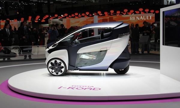 городской электромобиль Toyota i-Road 1 (600x360, 52Kb)