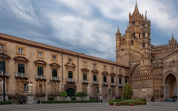 Panoramica_Cattedrale_di_Palermo (700x438, 195Kb)
