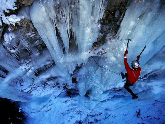 замершие водопады фото 4 (700x525, 178Kb)