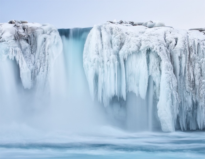 замершие водопады фото 11 (700x542, 99Kb)