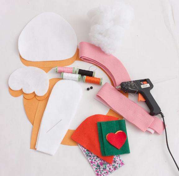 детский текстильный пасхальный венок (2) (576x568, 421Kb)