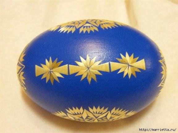 пасхальные яйца декор соломкой (4) (576x432, 97Kb)