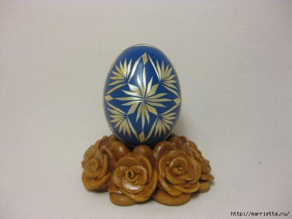 пасхальные яйца декор соломкой (13) (600x450, 65Kb)