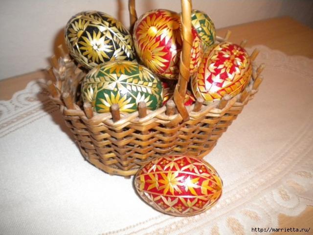 пасхальные яйца декор соломкой (19) (640x480, 144Kb)
