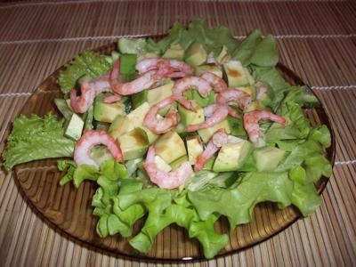 salat-s-krevetkami-avokado-i-ogurcom (400x300, 25Kb)