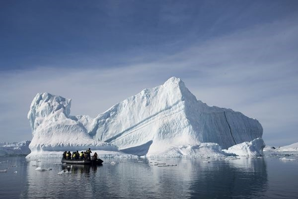Туризм представляет реальную угрозу для Антарктиды