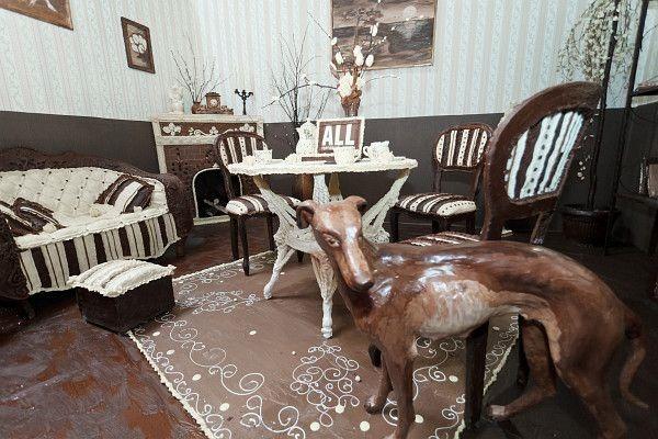 Елена Климент. Сладкая комната, мебель из шоколада… Фотографии