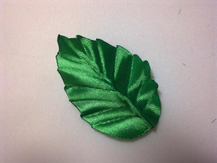 Как сделать из листья из лент мастер класс