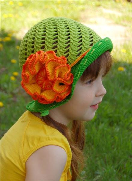 зеленая шляпка (2) (440x600, 75Kb)