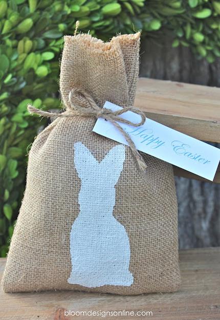 2.-Burlap-Bunny-Bags (430x625, 286Kb)