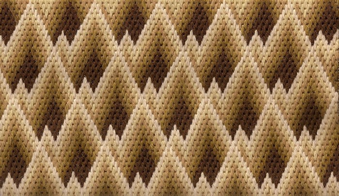 Staggered Patterns 1 (700x404, 132Kb)