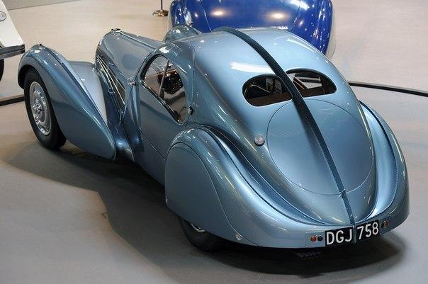 Bugatti Type 57SC Atlantic раритетное авто фото 1 (604x401, 49Kb)