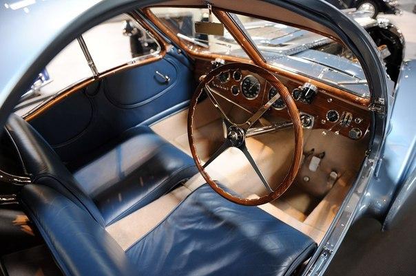 Bugatti Type 57SC Atlantic раритетное авто фото 2 (604x401, 63Kb)