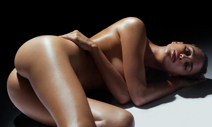 Irina Shayk эротические фото (680x409, 160Kb)