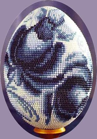 """Бисерное яйцо  """"Гжель """" Схема плетения и описание."""