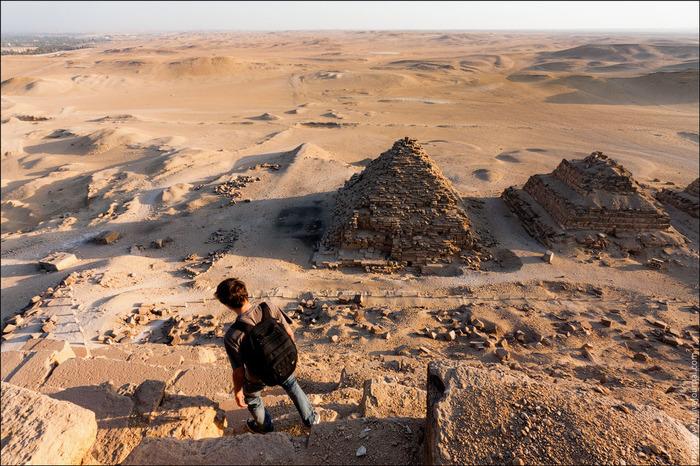 египетские пирамиды фото 7 (700x466, 189Kb)