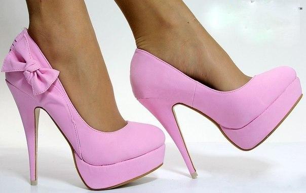Носим этой весной модные туфли весна