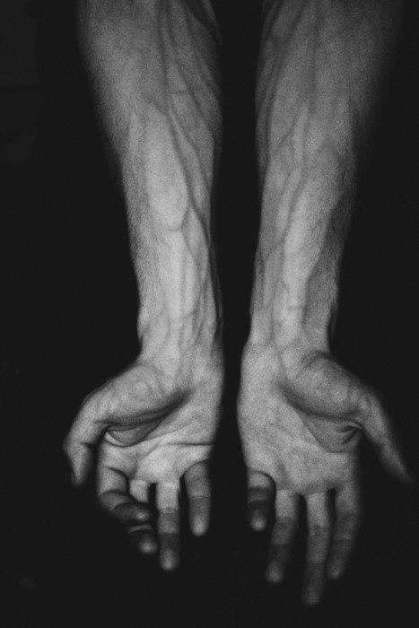 Сон свои руки вены