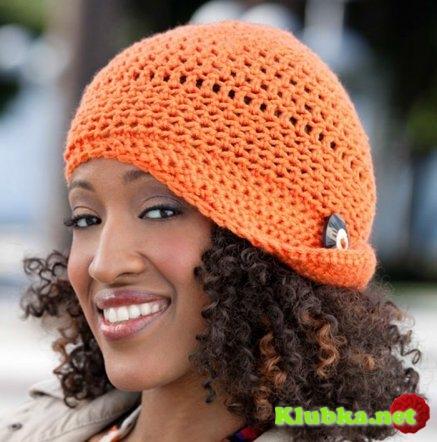 Женская шляпка, связанная