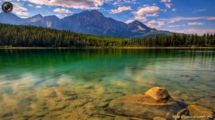 яркие краски мира озеро (700x393, 157Kb)