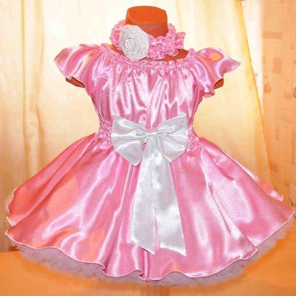 Платье из атласа и фатина для девочки