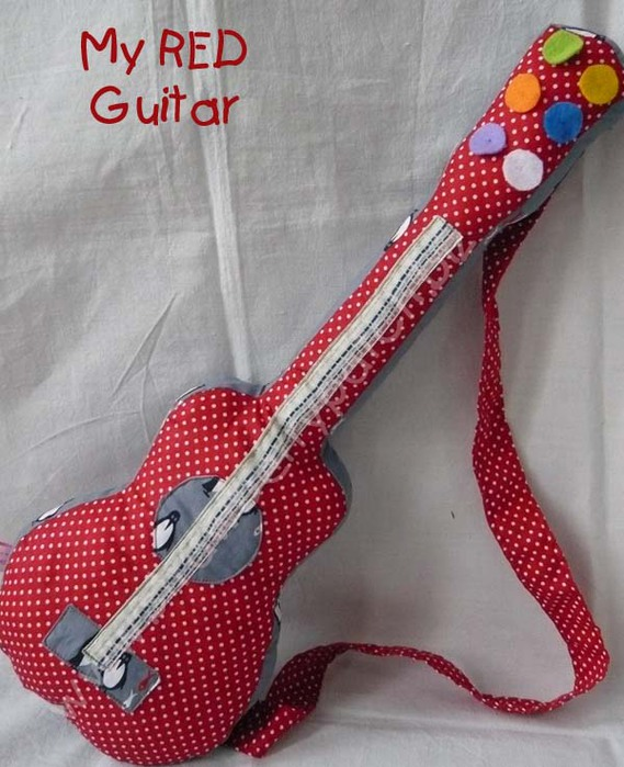 подушка-игрушка гитара (5) (569x700, 112Kb)