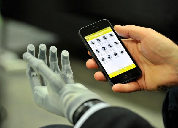 i-Limb Ultra Revolution современная робототехника 2 (600x433, 49Kb)