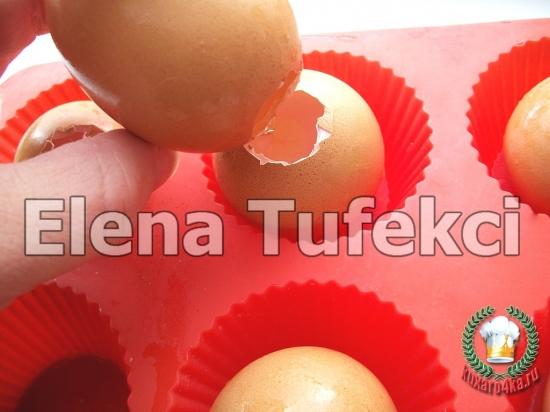 пасхальные яйца-кексы (7) (550x412, 162Kb)