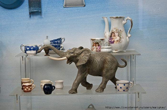 Музей-игрушек-2 (700x464, 294Kb)