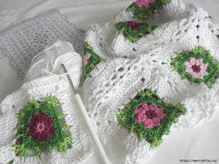 Вязание крючком. Очень нежная подушка Цветы в саду (9) (700x525, 248Kb)