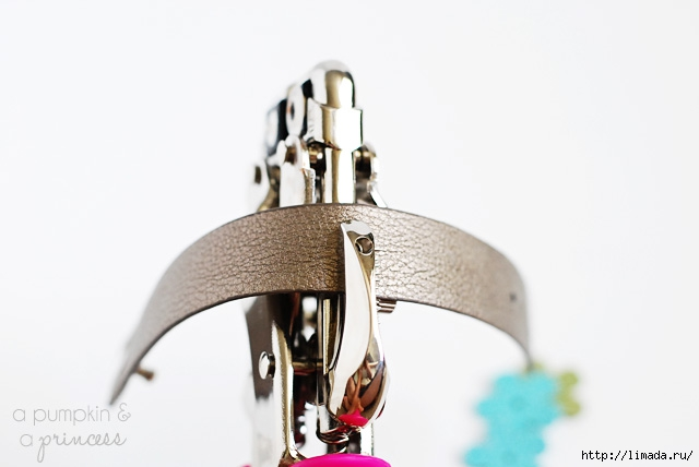 how-to-add-rhinestones-to-leather-bracelets (640x428, 81Kb)