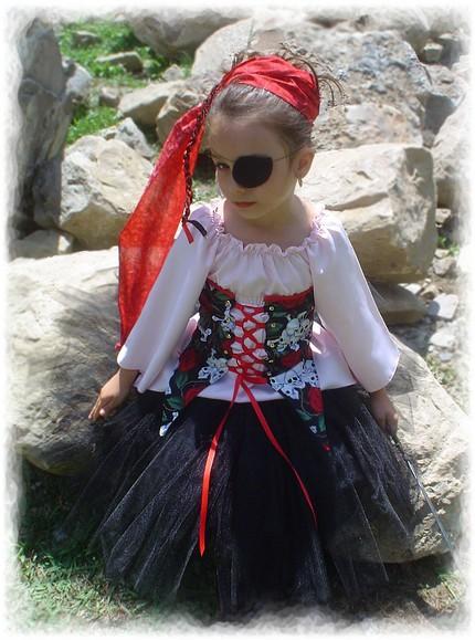 пиратский костюм (430x579, 76Kb)