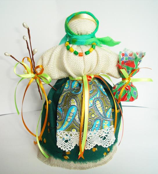 Рукоделие: шитье, вышивка, выкройки, схемы, мягкие игрушки.  Куклу.  Для получения ссылки на полную версию...