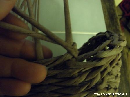 пасхальная курочка из газетных трубочек (52) (448x336, 65Kb)