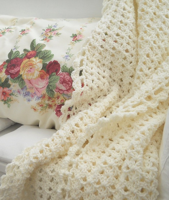вязание крючком. плед и подушки (2) (592x700, 111Kb)