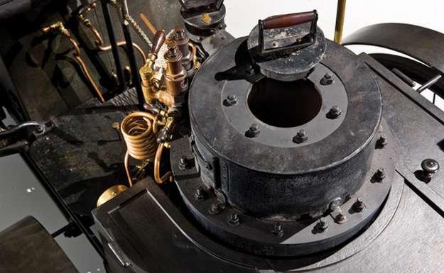 De Dion Bouton Et Trepardoux Dos-A-Dos Steam Runabout  самая старая машина в мире фото 4 (625x385, 34Kb)