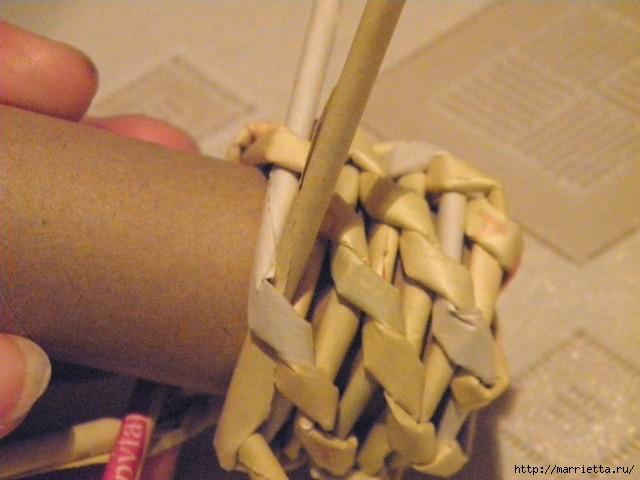 плетение из газет. венок спиральным плетением для пасхального декора (13) (640x480, 134Kb)