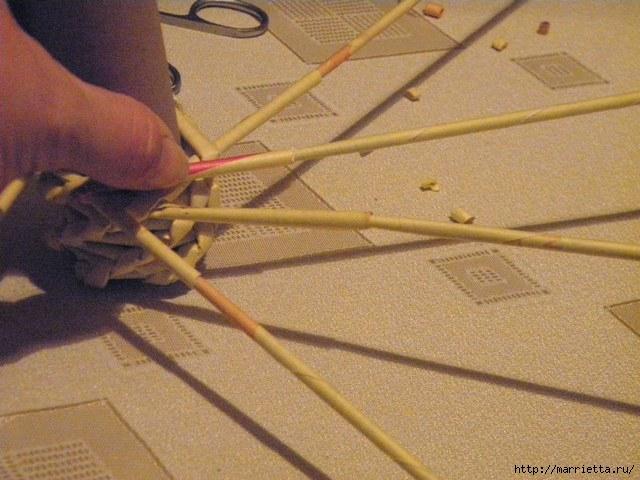 плетение из газет. венок спиральным плетением для пасхального декора (15) (640x480, 170Kb)