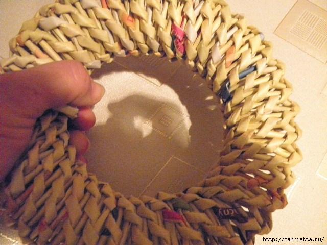 плетение из газет. венок спиральным плетением для пасхального декора (29) (640x480, 173Kb)